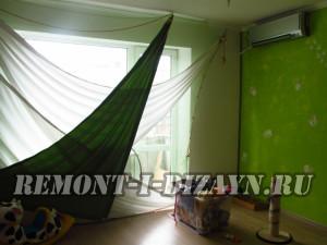 треугольные шторы в комнате после косметического ремонта