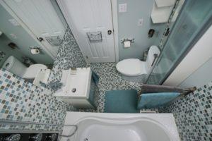 Обустройство ванной комнаты 2 на 1,5 метра