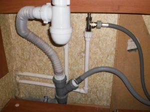подключаем стиральную машинку к водопроводу