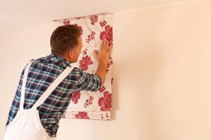 Как клеить виниловые обои на бумажной основе: надо мазать стену