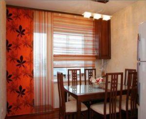 Шторы для кухни с балконом: фото, дизайн
